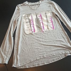 3/$25 Cities Graphic Gray keyhole top justice 10